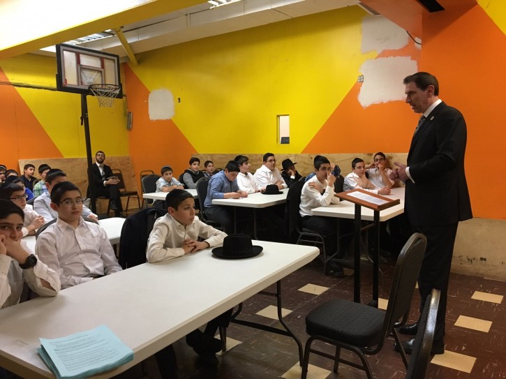 Brooklyn, NY - Councilman Chaim Deutsch OpEd: Yeshivas Must Remain Independent  - Vos Iz Neias