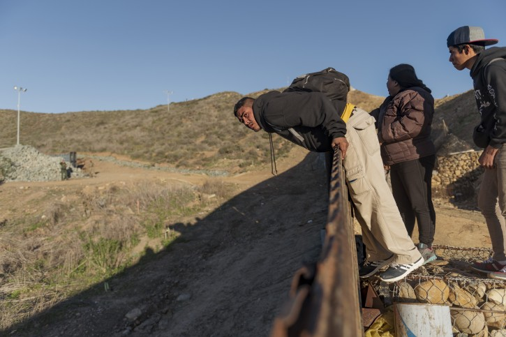 San Diego – Wall Debate Obscures Other Struggles At The Border