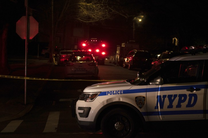 """New York Police Department and New York City Fire Department units respond to a report of shots fired Wednesday, March 13, 2019, in the Todt Hill section of the Staten Island borough of New York. A man said by federal prosecutors to have been a top leader of New York's notorious Gambino crime family was shot and killed Wednesday on Staten Island. Francesco """"Franky Boy"""" Cali, 53, was found with multiple gunshot wounds to his body at his home just after 9 p.m. (Joseph Ostapiuk/Staten Island Advance via AP)"""