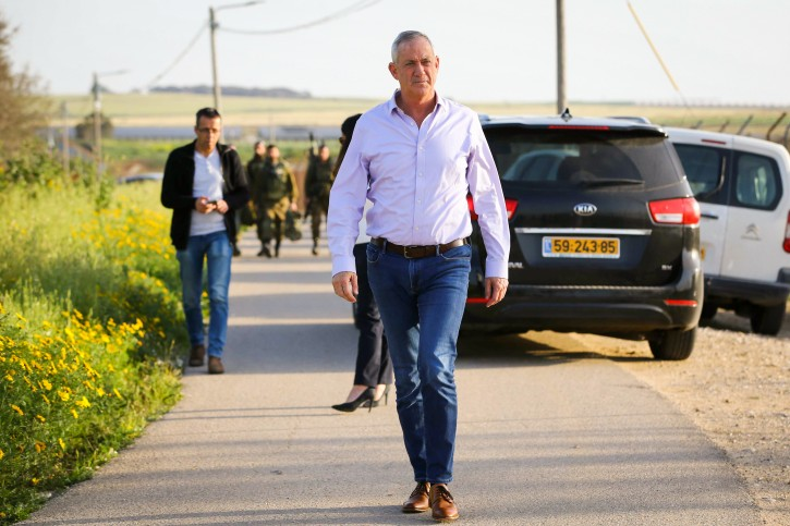 Benny Gantz, from the Blue and White joint list arrives for a press conference in Kibbutz Nahal Oz, Southern Israel on March 15, 2019. Photo by Flash90