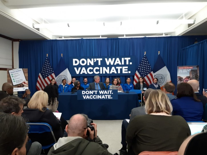 Mayor de Blasio at an Announcement Regarding the City's Measles Response at Brooklyn Public Library - Williamsburgh Branch (Shimon Gifter.VINnews.com)