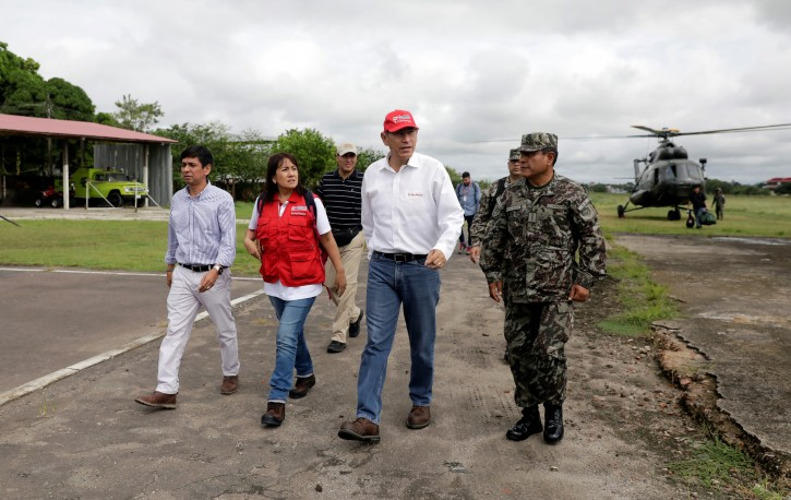 Peru's President Martin Vizcarra arrives to an airport before touring the area affected by a quake in Yurimaguas, in the Amazon region, Peru May 26, 2019. REUTERS/Guadalupe Pardo