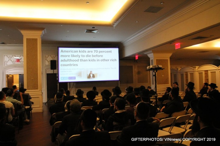 Inside an anti-vaccine forum in Brooklyn earlier this month geared to the ultra-Orthodox Jewish community(Shimon Gifter/VINnews.com)