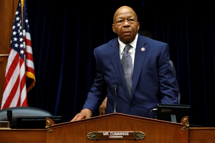 House Oversight and Reform Committee chairman Rep. Elijah Cummings (D-MD) arrives at the committee contempt votes on whether to find Attorney General William Barr and Commerce Secretary Wilbur Ross in contempt of Congress for withholding Census documents on Capitol Hill in Washington, U.S., June 12, 2019. REUTERS/Yuri Gripas