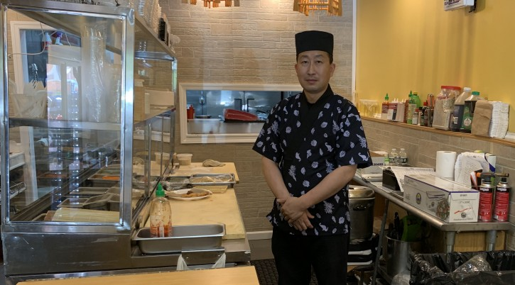 Jerry Xiu, the sushi chef at Sushi Kingdom & Asian Fusion, has warmed up to the idea of Jewish-Japanese cuisine. (Josefin Dolsten)
