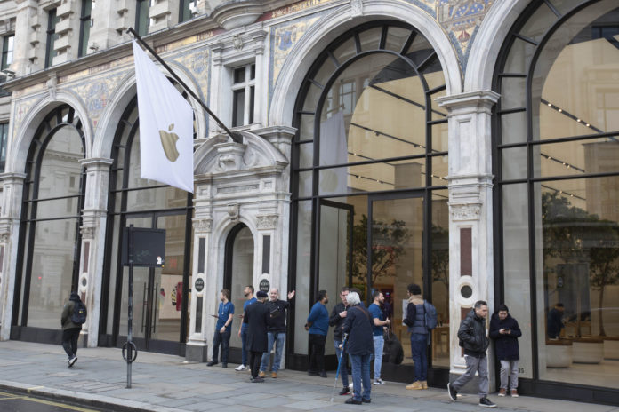 Apple Temporarily Shuts Stores Worldwide To Fight Virus