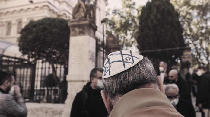 Europe's Jewish Population Is As Low As It Was 1,000 Years Ago. And The Future Doesn't Look Bright. 1
