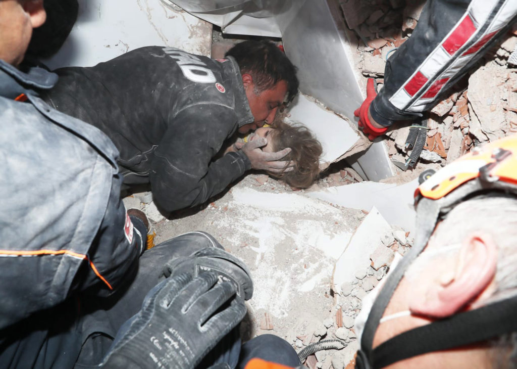 Watch: Turkish Rescuers Pull Girl From Rubble Four Days After Quake 2
