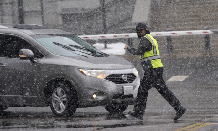 2,000 Flights Canceled In Denver As Heavy Snowstorm Arrives